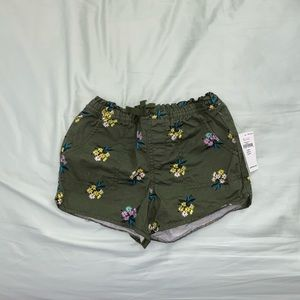 Army Green Floral Shorts (Baby Bundle)